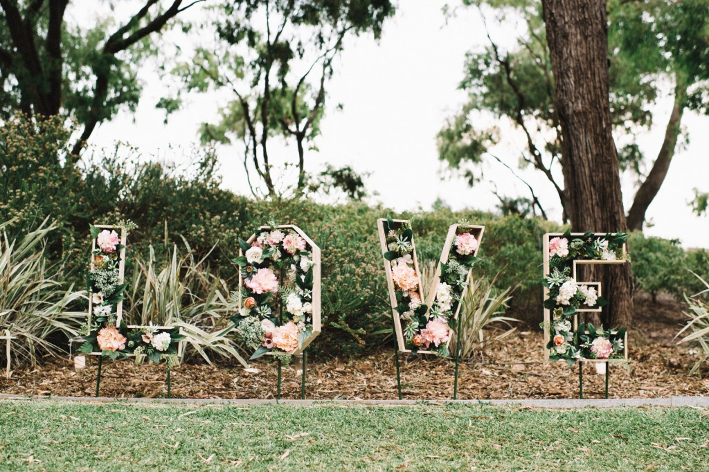 Matt+Michelle_Down south_Destination Wedding Photography-617HR